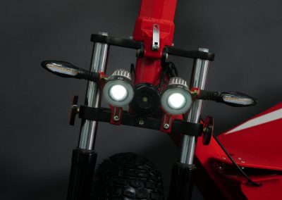 EMGo-FlyWheel-ElectricMotorcycle-Red-Front-Lights