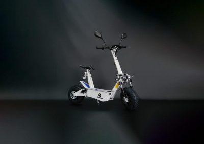 EMGo-FlyWheel-ElectricMotorcycle-White-Whole